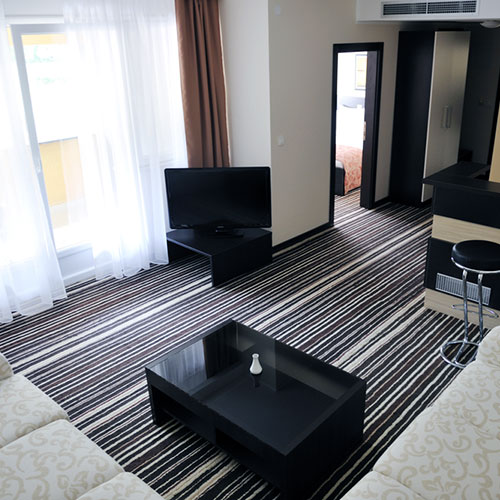 2-rooms-hall